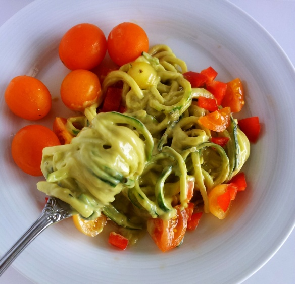 avocado and hemp creamy zuchinni pasta
