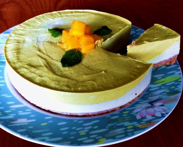 raw mango cheesecake